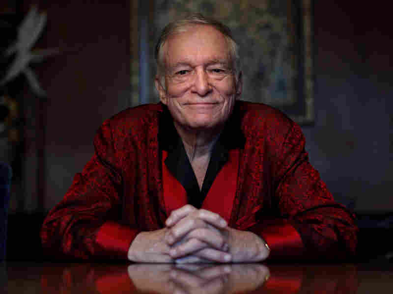 Hugh Hefner Gifted Hunter S. Thompson's Widow $25000 after Author's Death