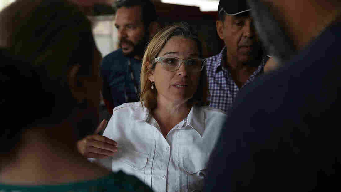 San Juan Mayor Wears 'Nasty' Shirt in Trump Jab