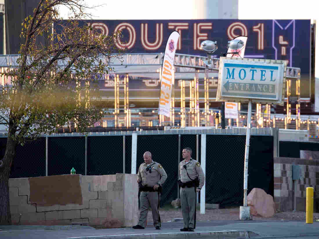 Las Vegas shooter Stephen Paddock had ACCOMPLICE, cops say — BREAKING