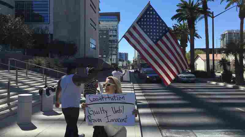 Militia Defendant Wants Cliven Bundy Trial Postponed After Las Vegas Massacre