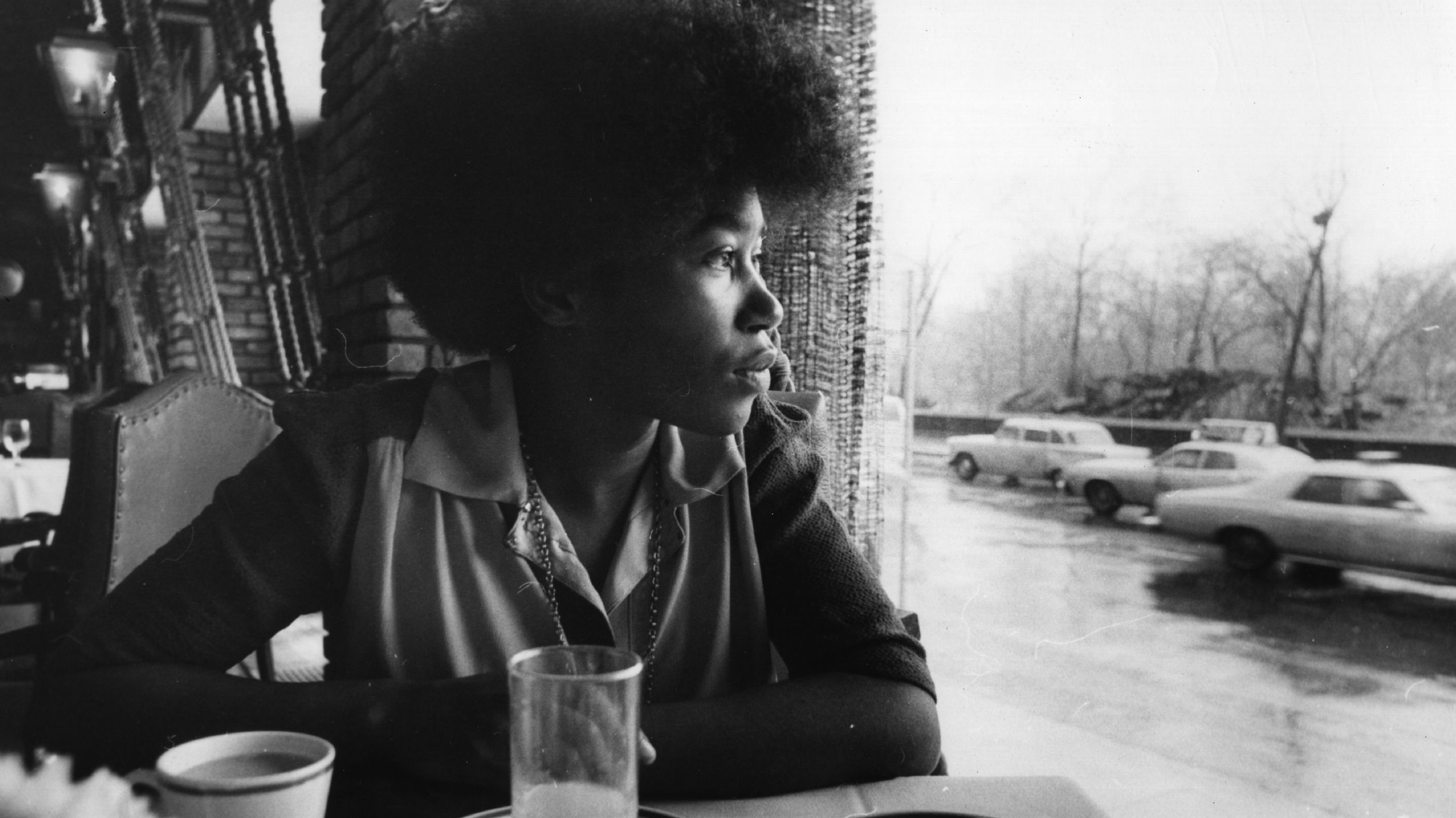 Shocking Omissions: Joan Armatrading's 'Walk Under Ladders'