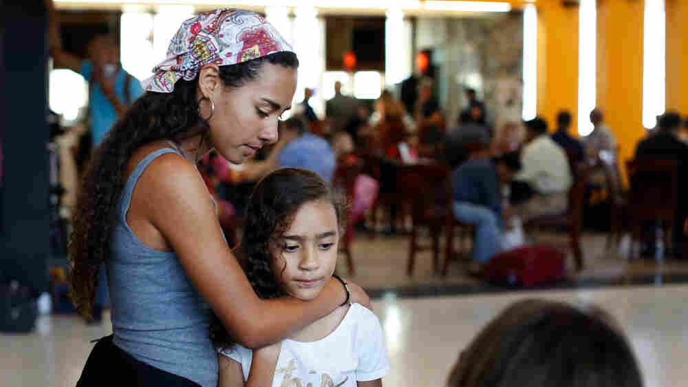 Puerto Rican Students Head To The Mainland For School