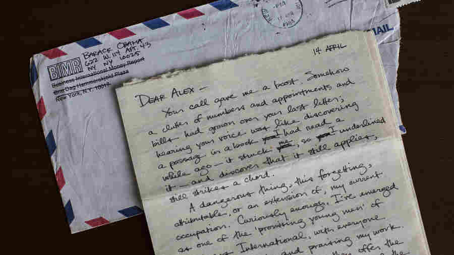 The Love Letters Of A Young Barack Obama On View At Emory University Library