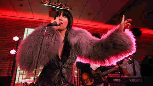 The Embodied Vulnerability Of Yeah Yeah Yeahs' 'Fever To Tell'
