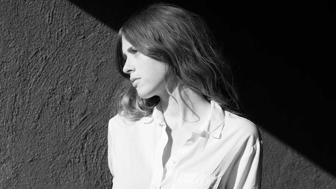 Anna St. Louis' 'First Songs' Reach Back To Laid-Back '60s Folk