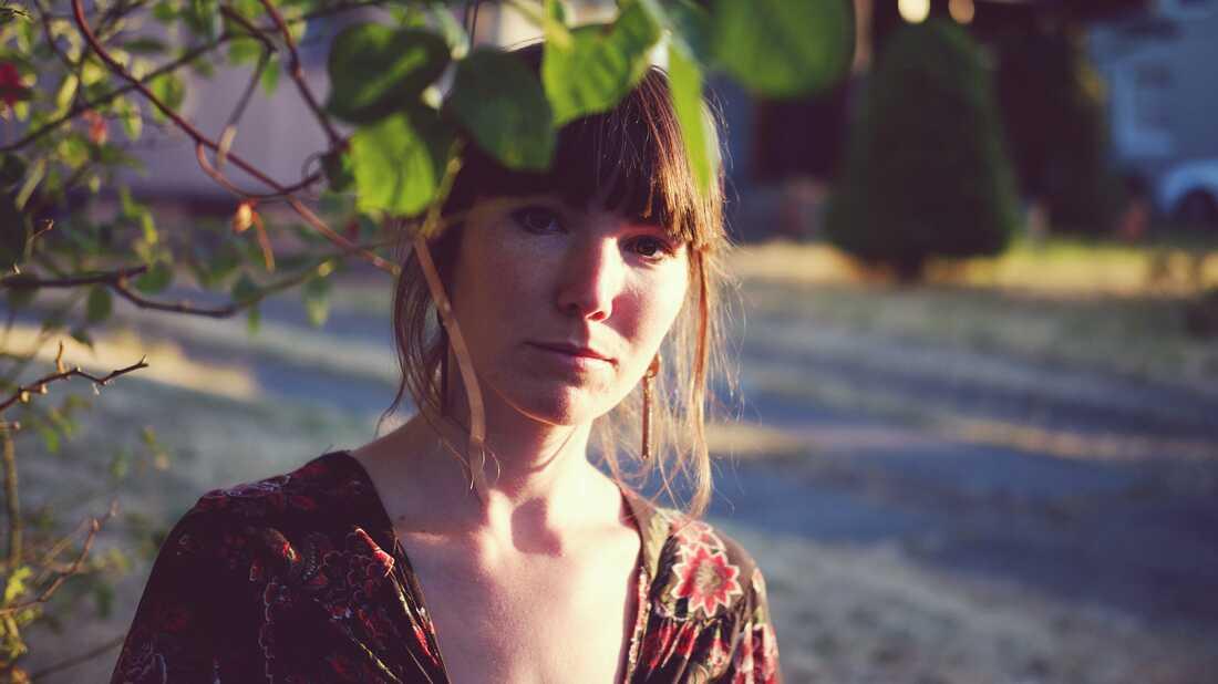 Anna Tivel Chronicles The Hidden Corners Of Life