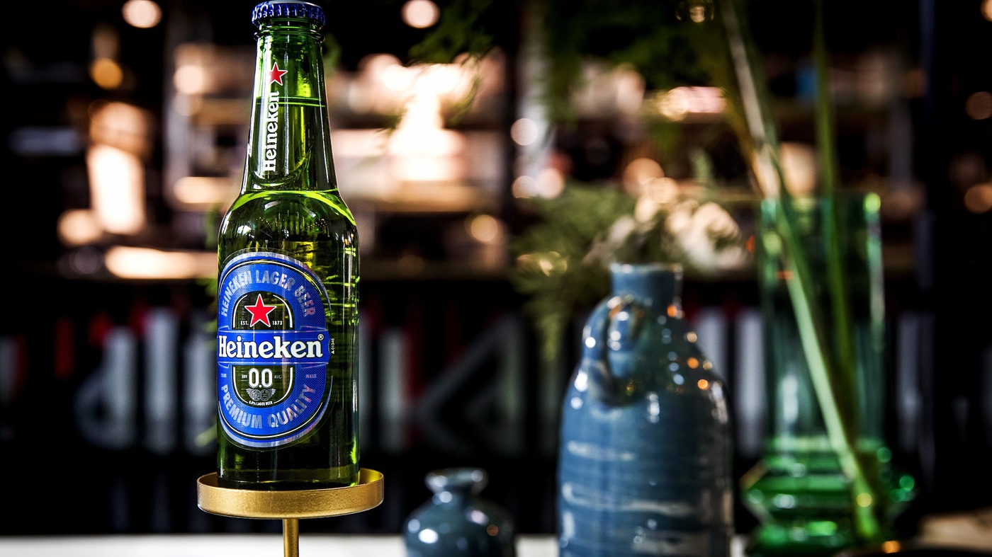 pioneers of high quality near beer are banking on non drinking binges