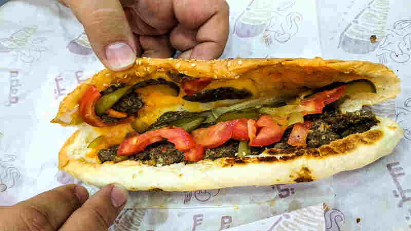 The Aleppo Sandwich: Searching For The Flavors Of A Home Lost To War