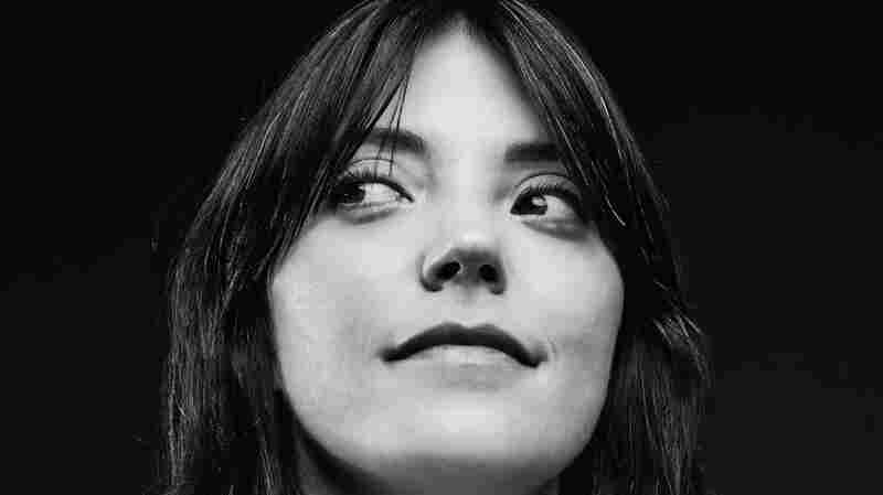Review: Sharon Van Etten, '(it was) because i was in love'