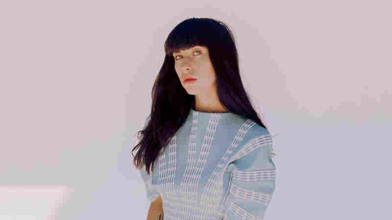 Kimbra Climbs To The 'Top Of The World' In New Single