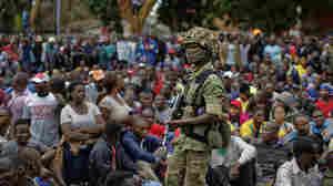 Thousands March Through Zimbabwe's Capital To Urge Mugabe To Step Down