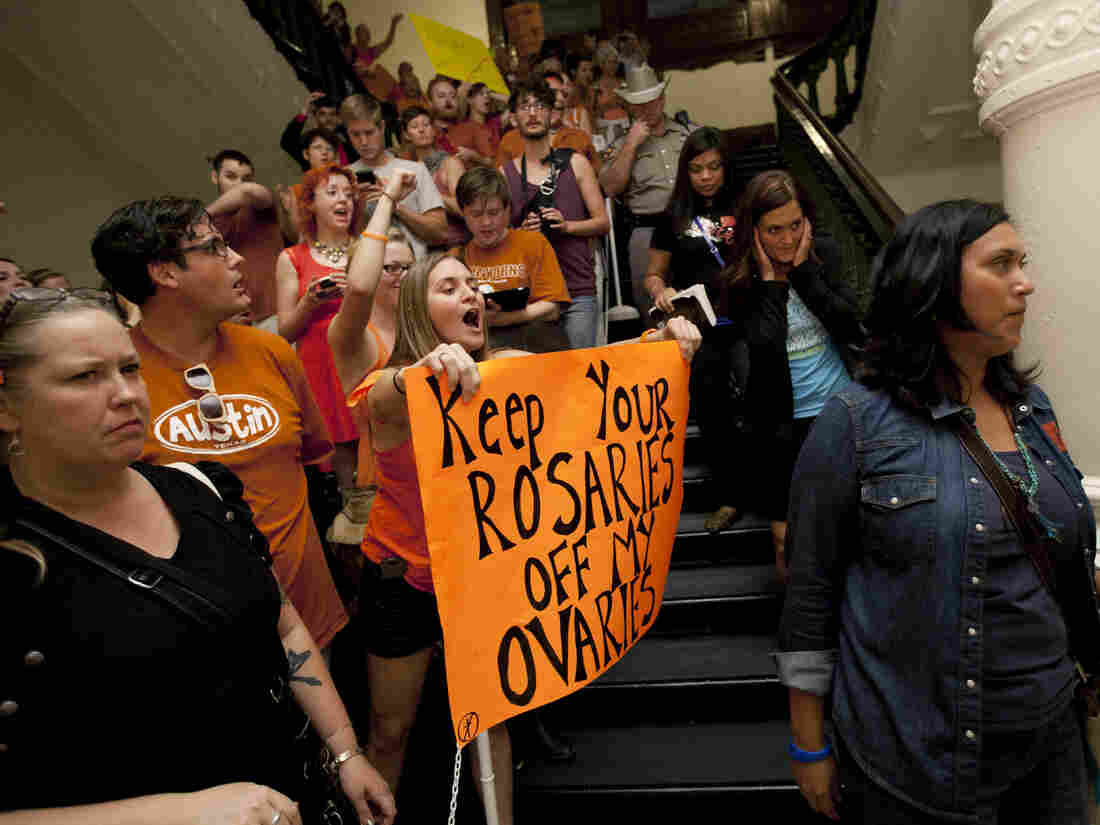 Federal Judge Blocks New Texas Anti-Abortion Law