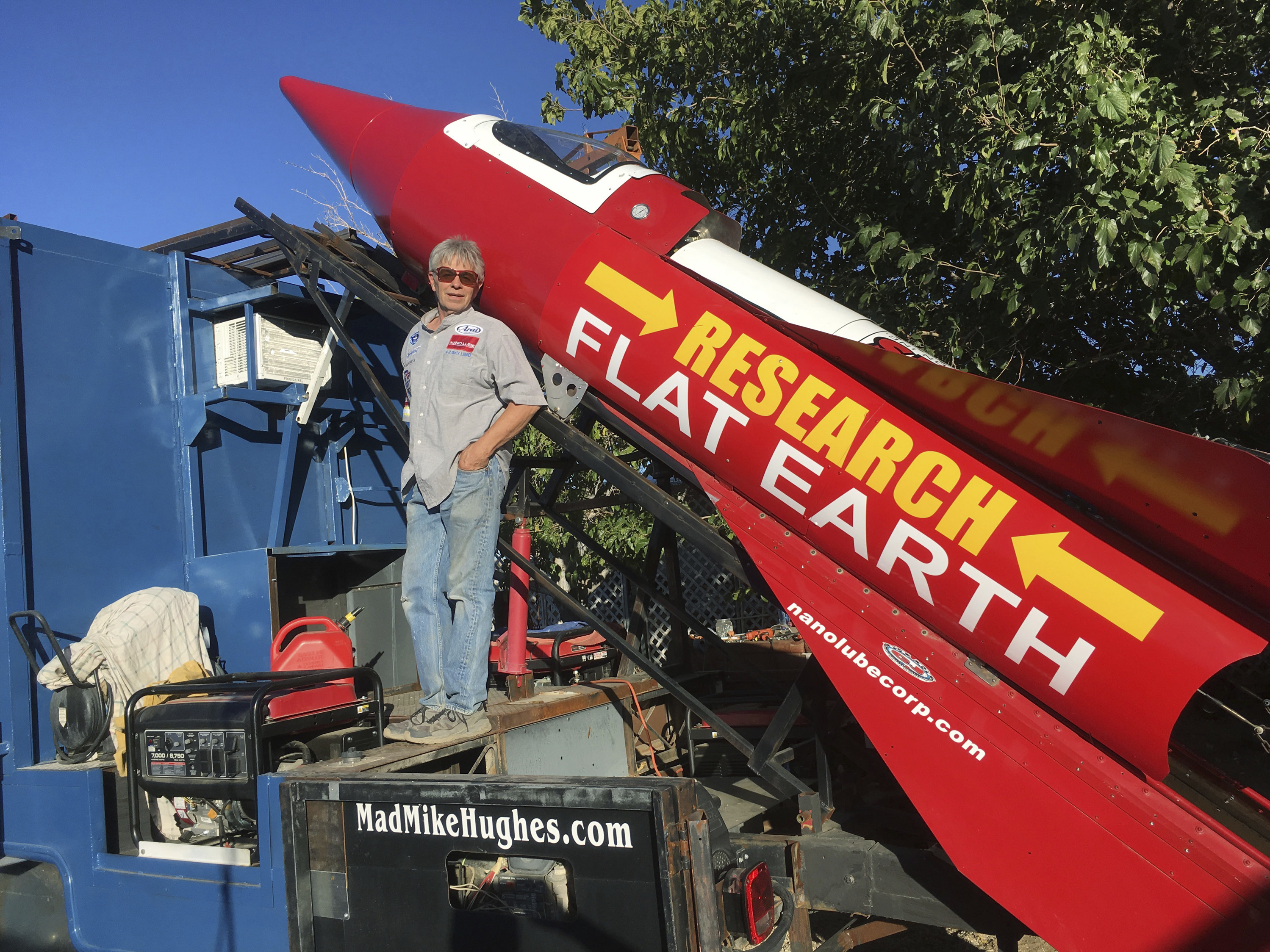 Flat Earth Believer To Launch Steam-Powered Rocket