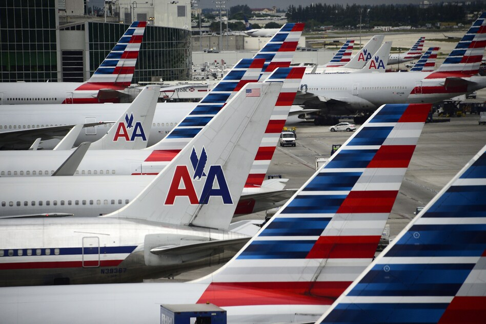 American Airlines is offering its pilots 150 percent of their hourly pay to work during the holidays, after a glitch allowed too many pilots to take vacation at the same time. (Robyn Beck/AFP/Getty Images)