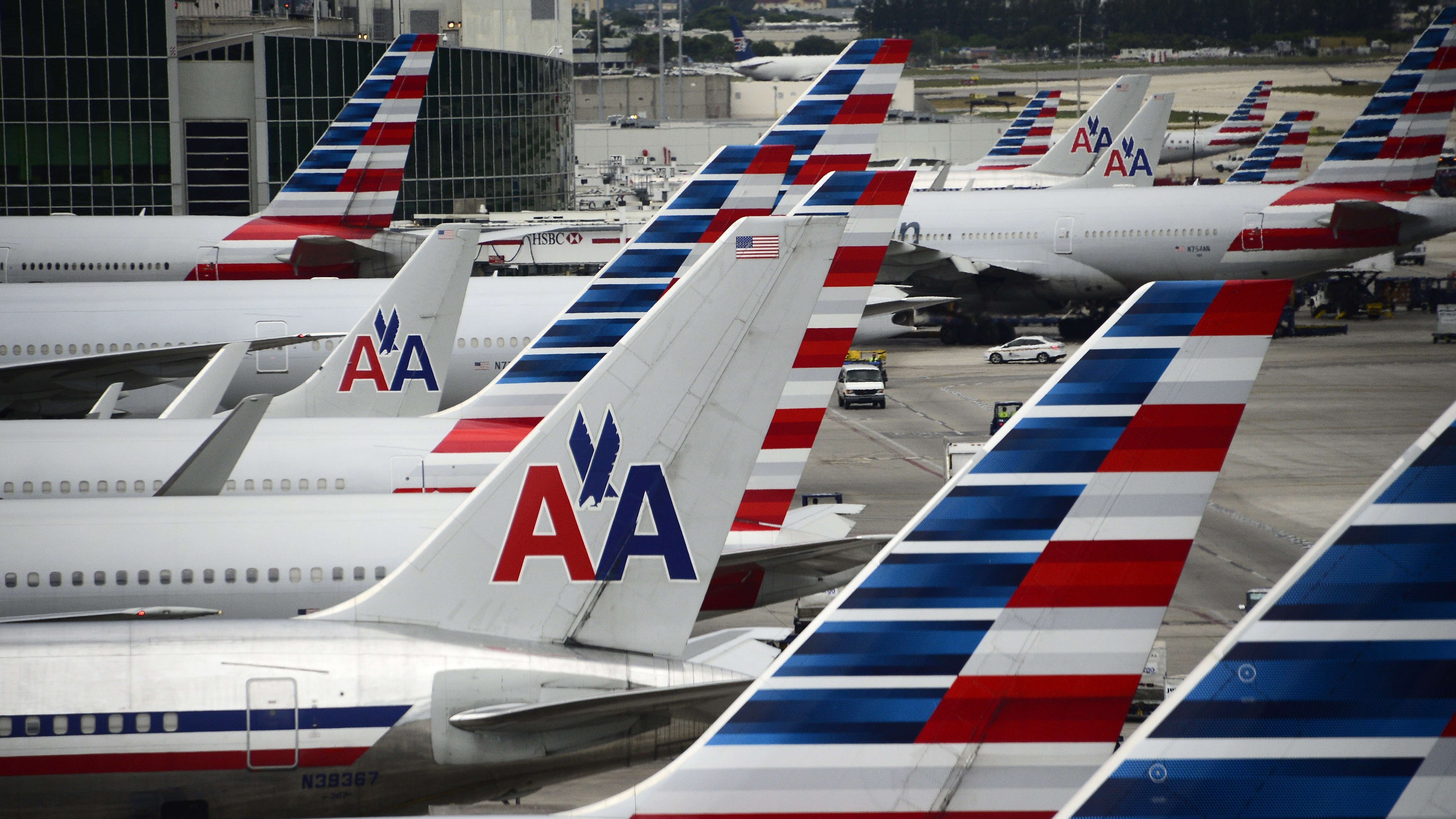 American Airlines flights during holidays now without pilots, says union