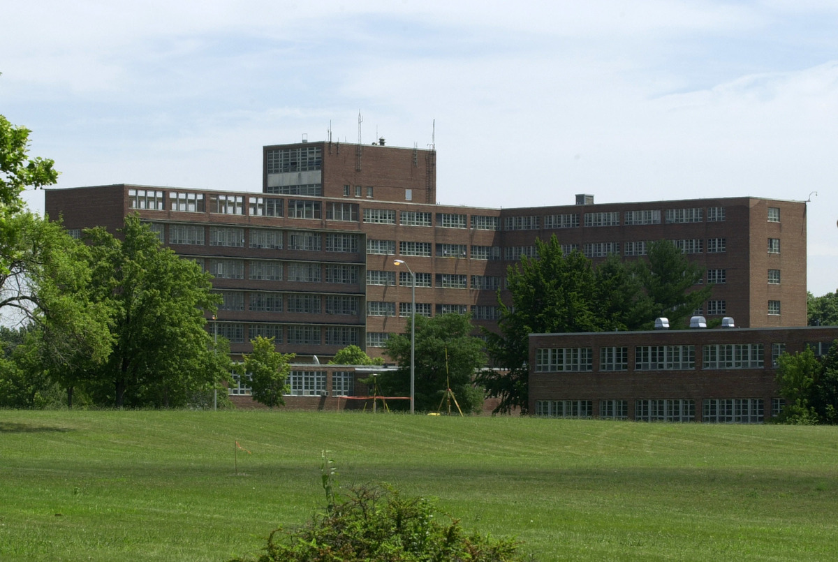 How The Loss Of U.S. Psychiatric Hospitals Led To A Mental ...