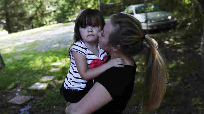 Number Of American Children In Foster Care Increases For 4th Consecutive Year