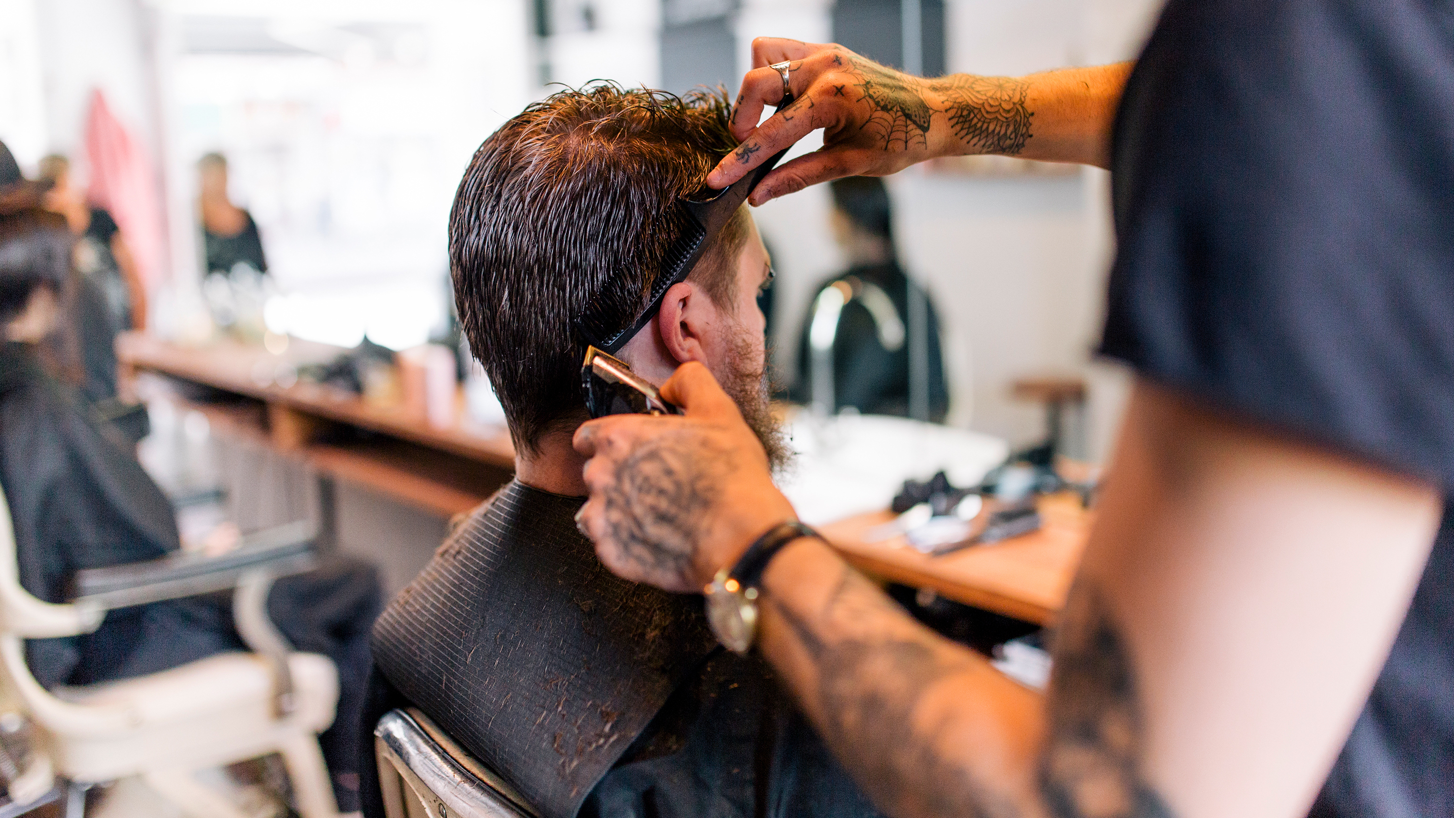In search of your salon and hairdresser: 3 rules of choice