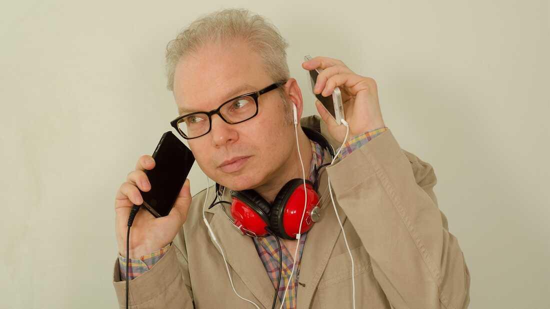 Wear My Headphones: Damon Krukowski On How Digital Culture Changes Us