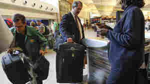 DOT Suspends Proposed Rule Requiring Airlines To Show Baggage Fee At Booking