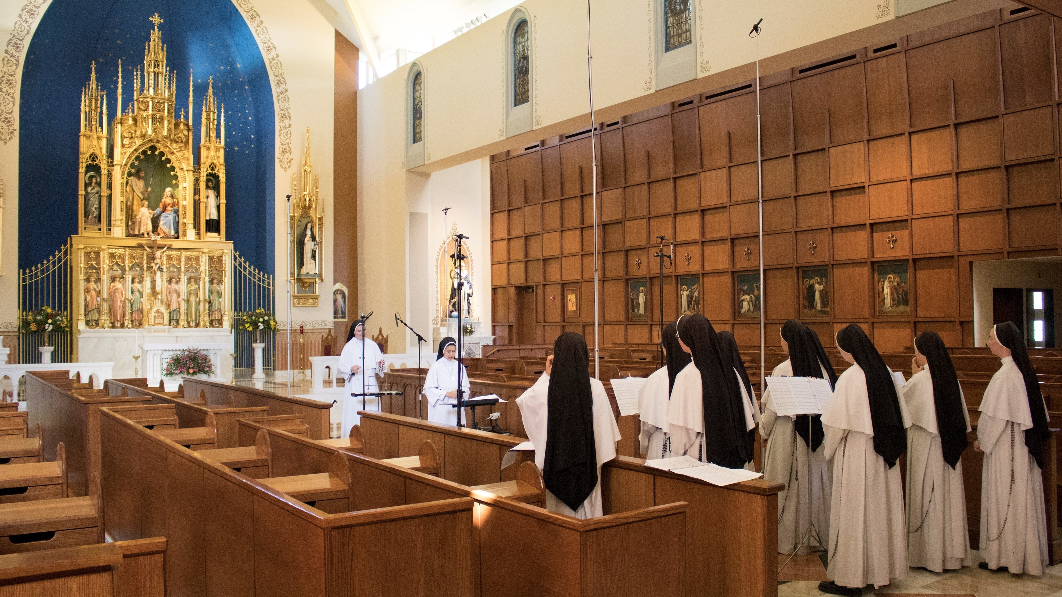 The Dominican Sisters Of Mary, Mother of the Eucharist Share New Holiday  Album : NPR