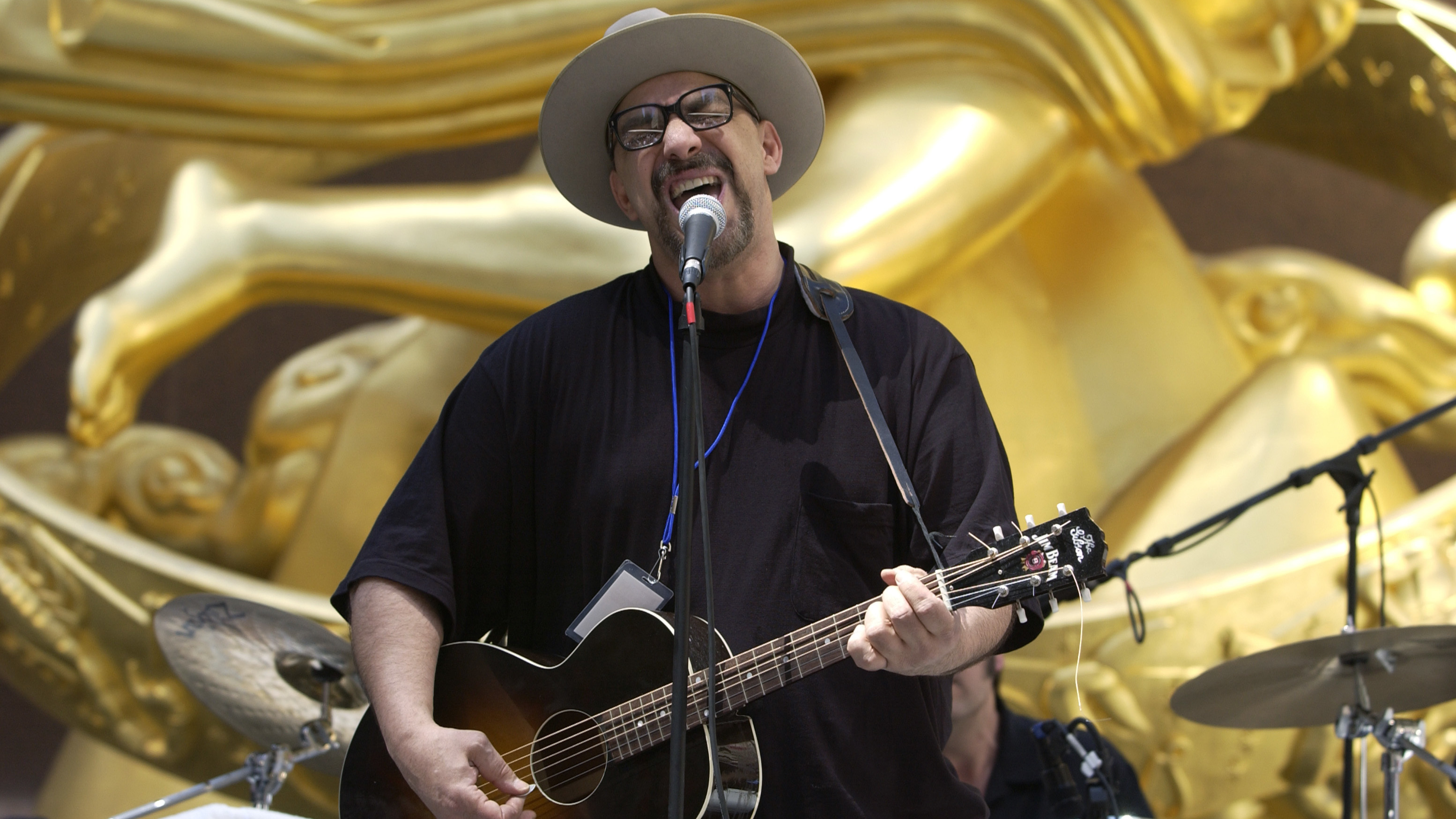 Pat DiNizio, Smithereens lead singer has died at 62