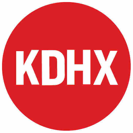 KDHX.