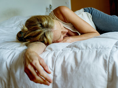 Older Adults' Forgetfulness Tied To Faulty Brain Rhythms In Sleep