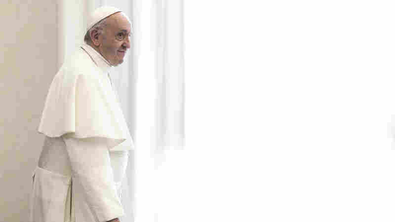 Pope Begs Journalists To Avoid 'Sins Of Communication'