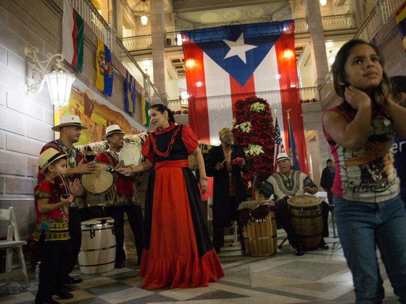 we feel like home displaced puerto ricans celebrate traditional christmas parranda - Christmas In Puerto Rico