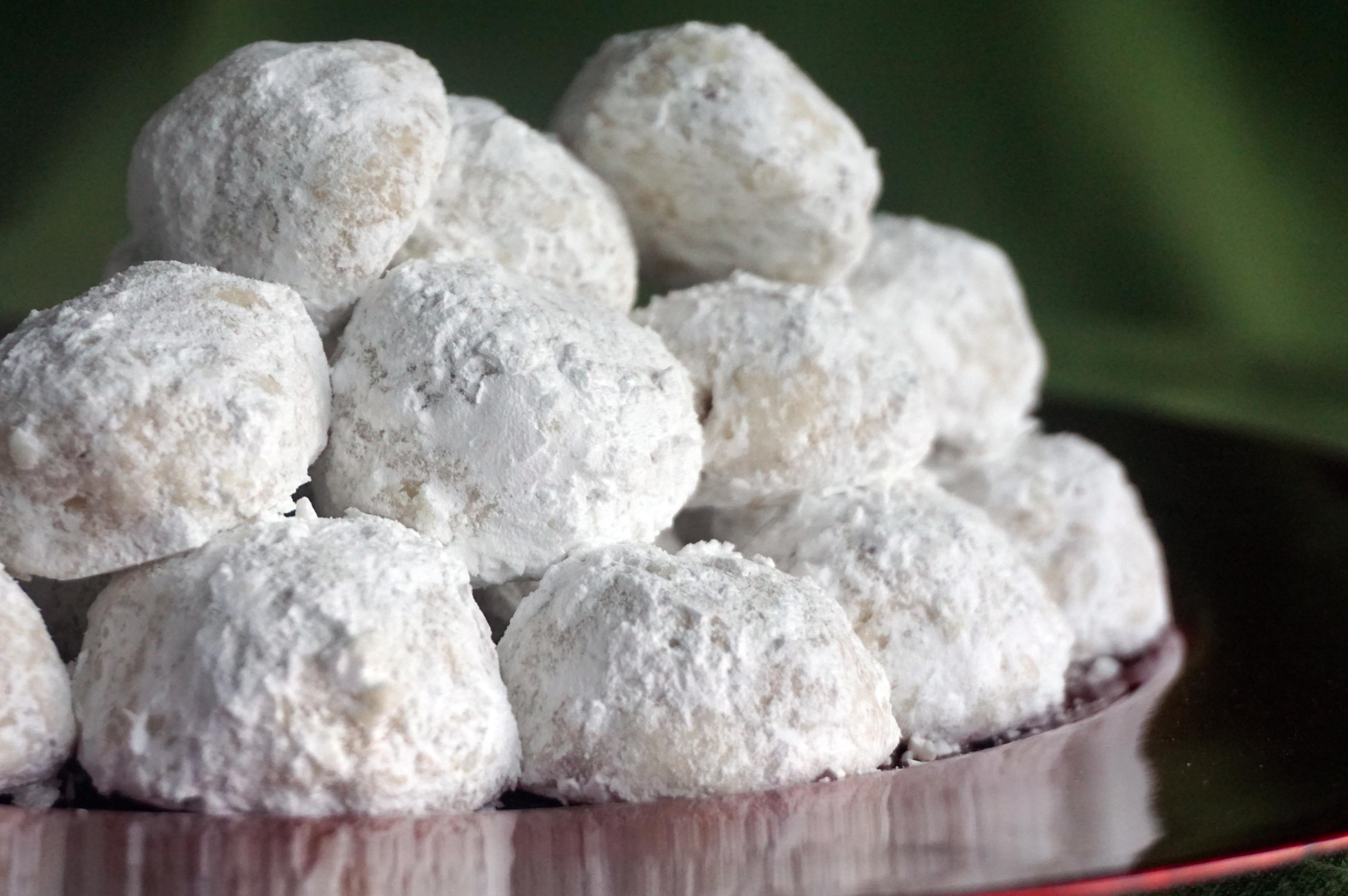 Smør Bullar: The Classic Danish Christmas Cookie No One Has Heard Of