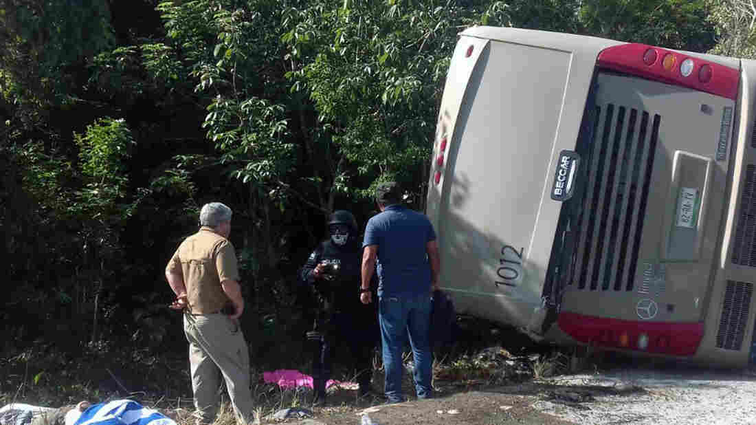 Canadian family affected by fatal bus crash in Mexico, Global Affairs says