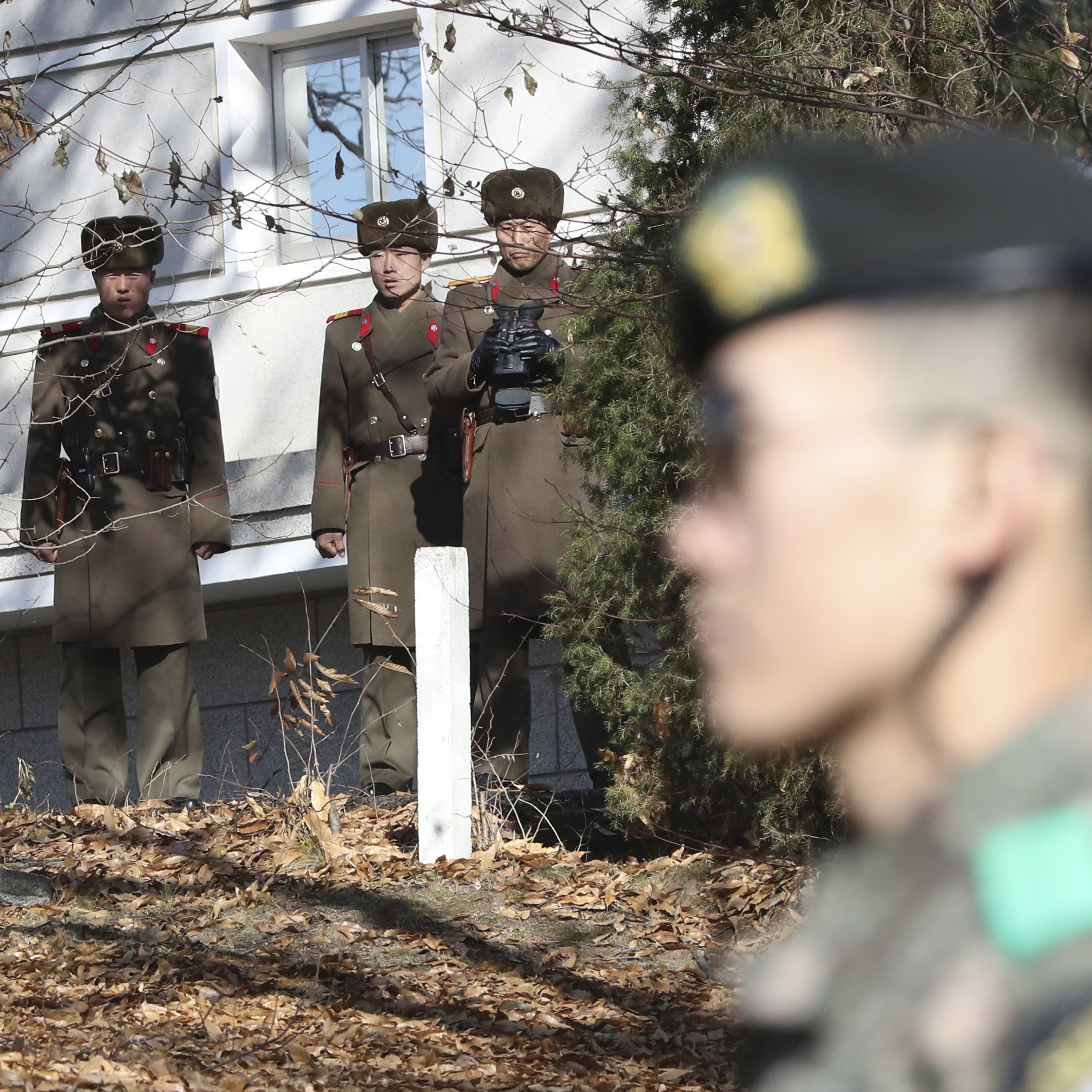 North Korean Soldier Crosses DMZ, Defects To South