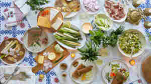 How To Host A Hygge Holiday Party: Get Cozy, Embrace Imperfection