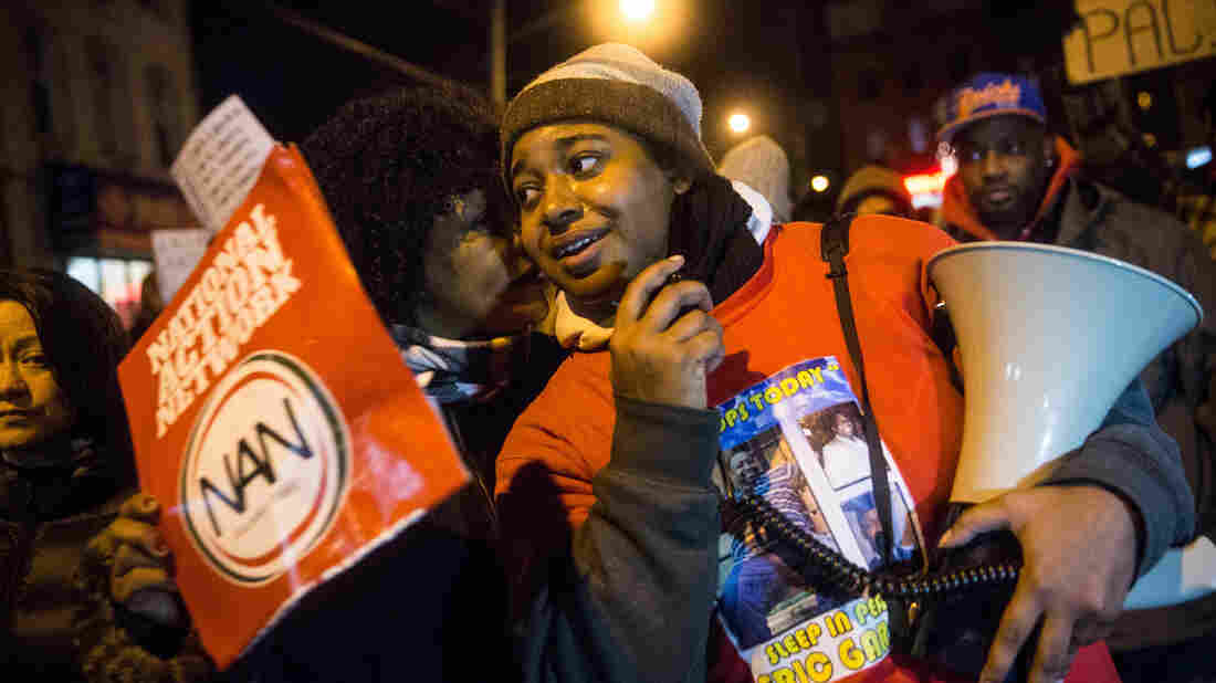 Eric Garner Daughter Erica Hospitalized After Heart Attack