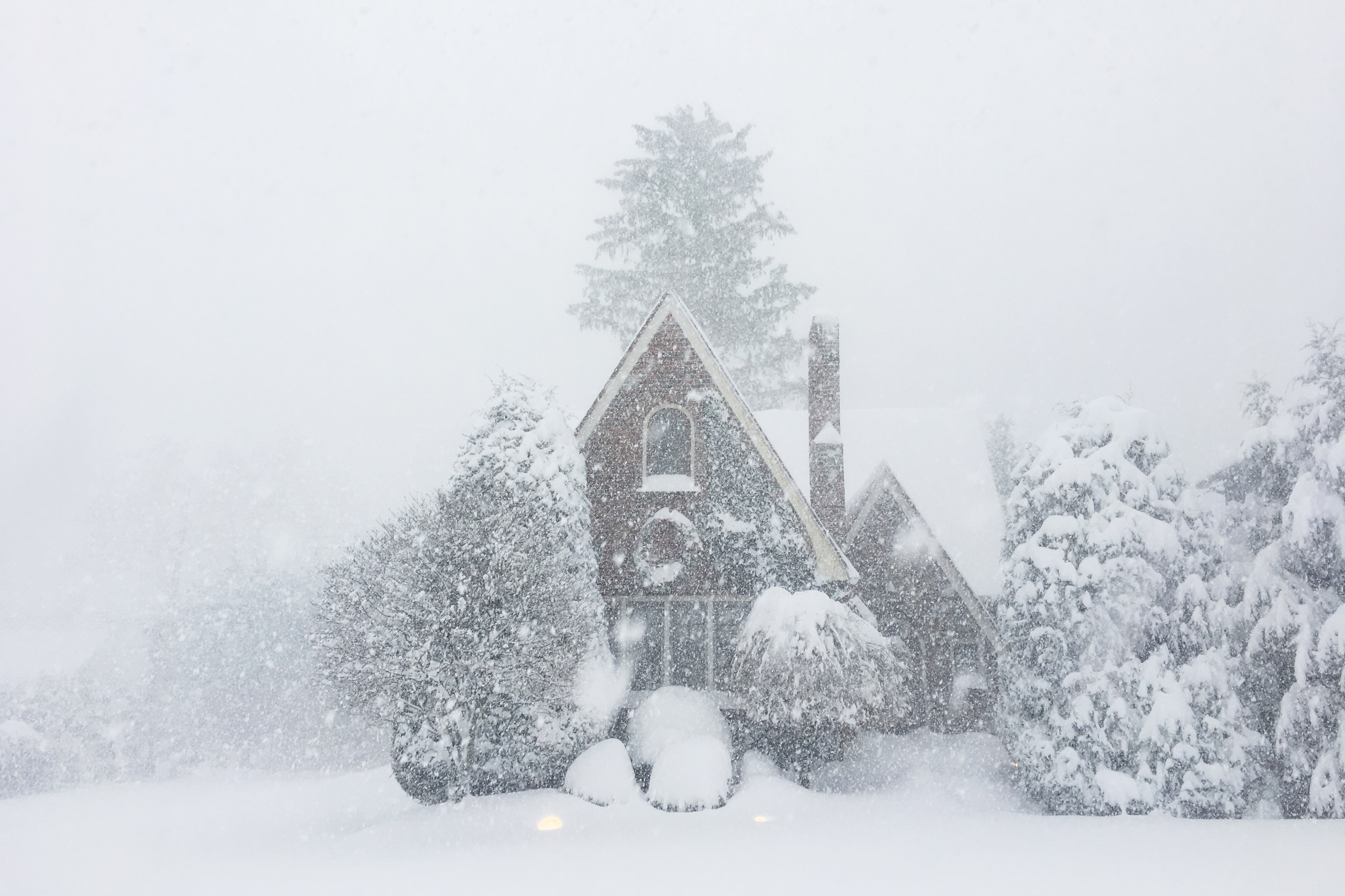 more than 4 feet of snow fell on erie pa over a 30 hour period image elissa nadwornynpr - Christmas In The Country Erie Pa