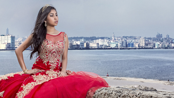Rosi Alvarez celebrated her quinceañera in Cuba, her father