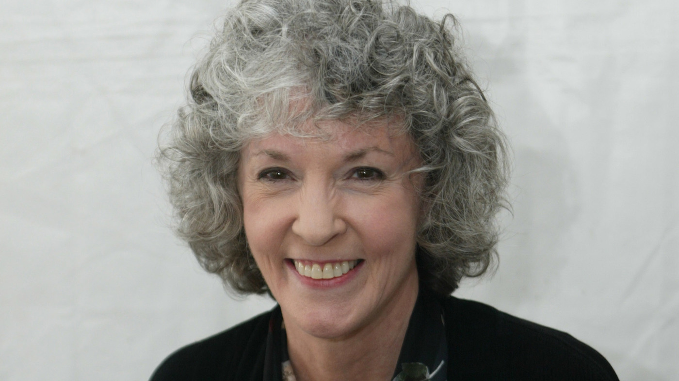 Sue grafton best selling author of kinsey millhone for The grafton