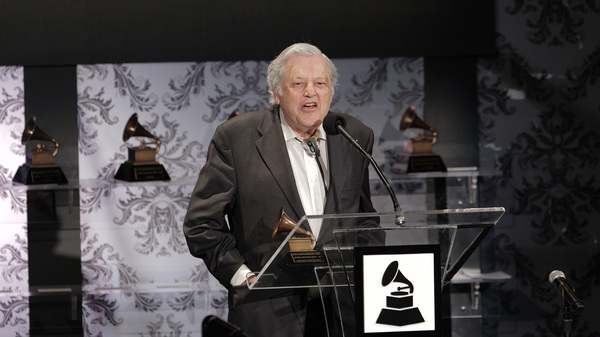 Violinist Robert Mann, accepting a Recording Academy Lifetime Achievement award on behalf of the Juilliard String Quartet in Los Angeles in 2011 .