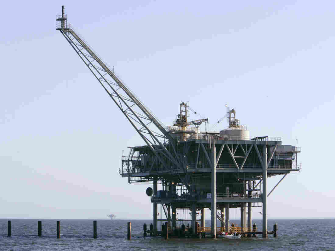 Offshore oil drilling is a major threat to USA  waterways