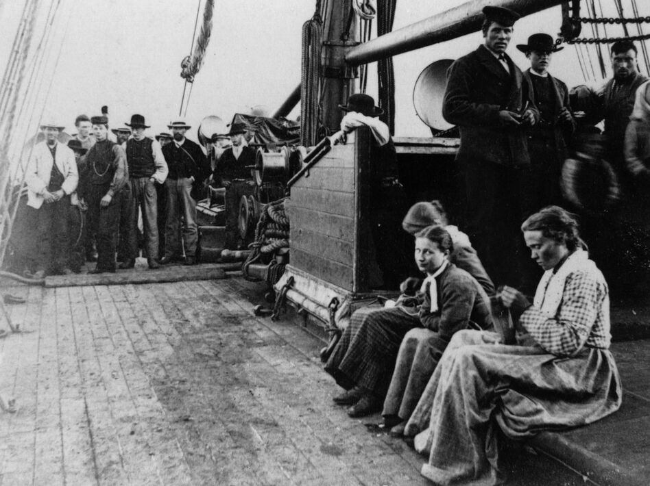 Norwegian immigrants on their way to America on the SS Hero in 1870. (Hulton Archive/Getty Images)