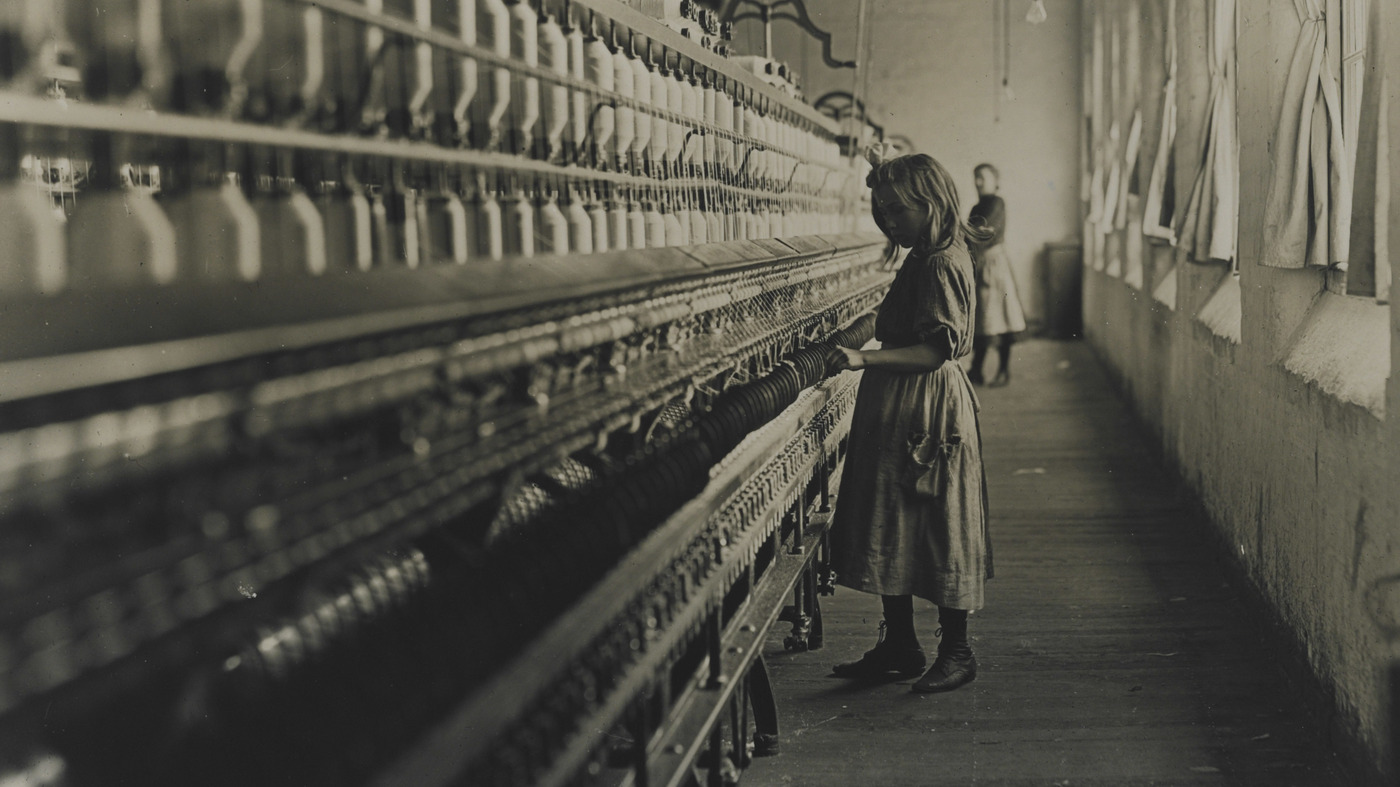 diary of a cotton mill worker Lucy's diary: a diary of the industrial revolution in england a diary of the industrial revolution in england being a textile worker is one of the lowest of.