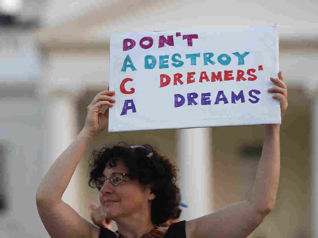 Justice Department Asks SCOTUS To Reverse Court Ruling Protecting Dreamers