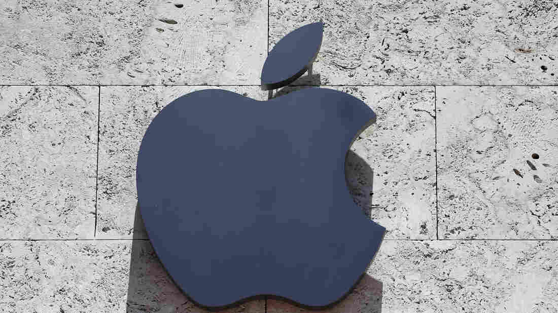 The Apple logo at a store in Miami Beach, Fla., in 2017.