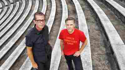 First Listen: Calexico, 'The Thread That Keeps Us'