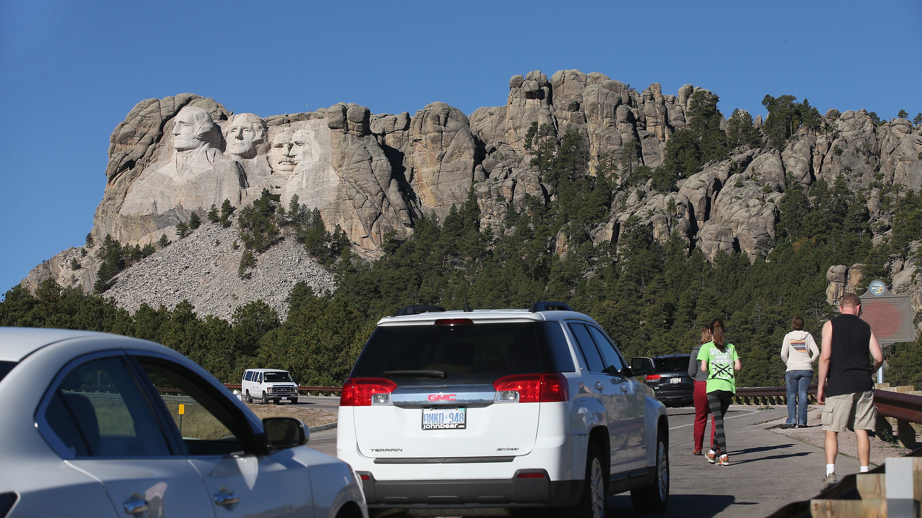 National Parks to remain partially open during government shutdown