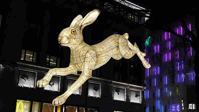 PHOTOS: To Brighten Dreary Winter Nights, A Festival Lights Up London