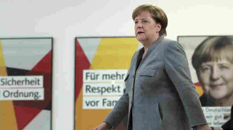 Germany's Social Democrats Party Votes For Formal Coalition Talks With Merkel