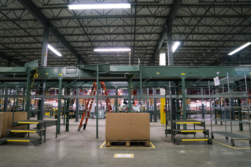 Warehouse Robots: For Many Workers, Automation Seems A