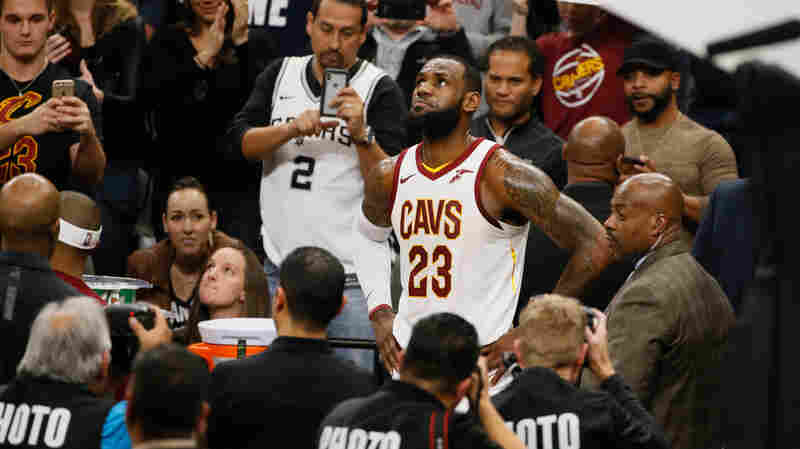 LeBron James Becomes Youngest NBA Player To Join 30,000-Point Club